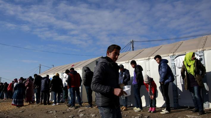 greece-migrants-25-02-2